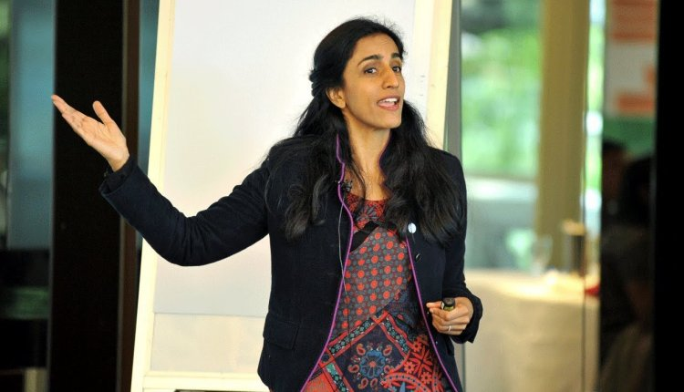 Embedded thumbnail for Dr Ayesha Khanna on AI Myths